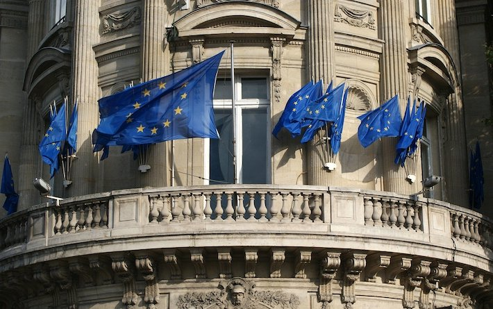 Európskej komisii už nestačí samoregulácia sociálnych sietí. Ešte pritvrdí