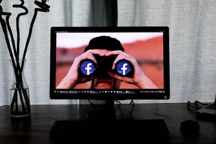 Facebook zakáže v USA Trumpovu armádu
