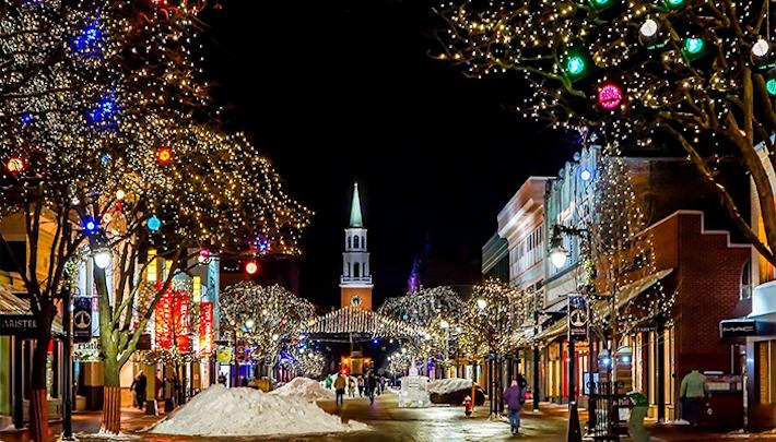 Vianočná klasika: Migranti, zákaz vianočných symbolov a zapredaný západ